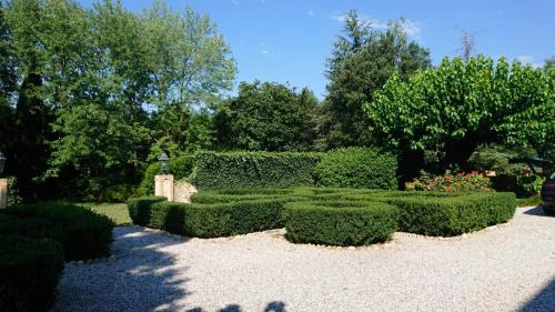 b&b i due tigli - giardino